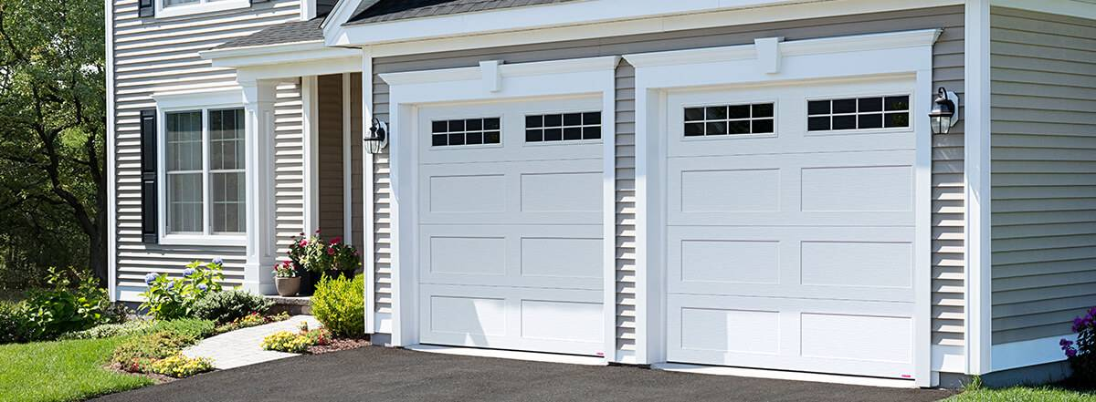 Shaker XL, 9' x 8', Ice White, 8 lite Orion windows